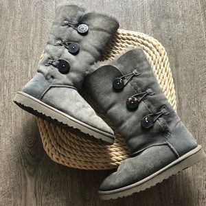 ugg gray button boot